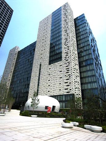 「新宿イーストサイドスクエア」の外観