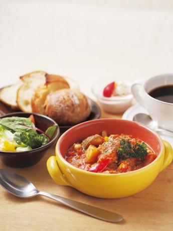 「イートモアスープ&ブレッド」で提供されるランチメニュー