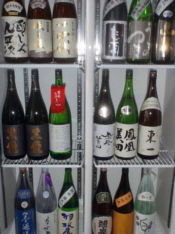 日本酒60種と生ビールが時間無制限で飲み放題