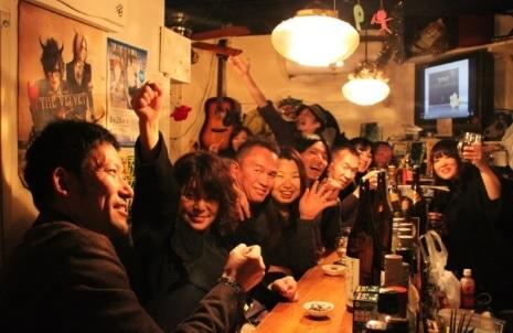 新宿ゴールデン街で「はしご酒イベント・鉄の道・四万十ナイト」