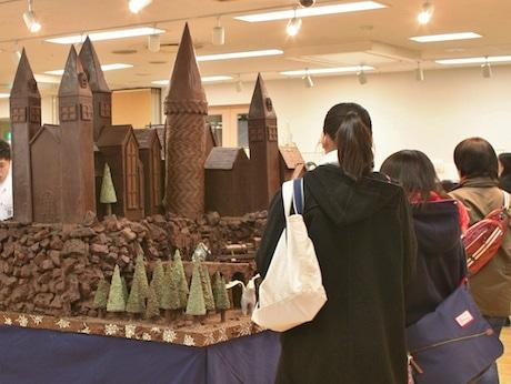 高田馬場の東京製菓学校で「菓子祭」 実演やパンの販売も