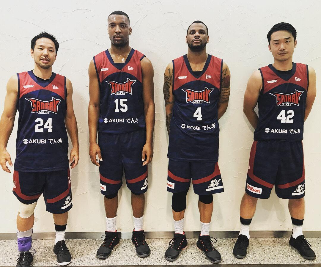 新宿の3人制プロバスケチーム「サンカク」