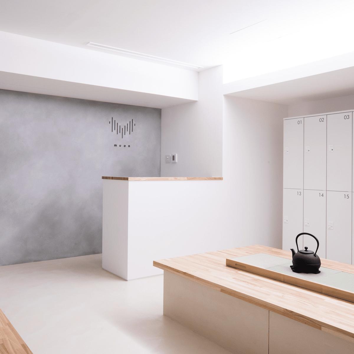 新宿駅西口に瞑想専用スタジオ「ムオン」