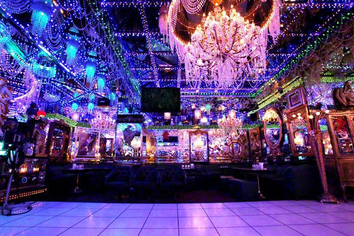 新宿の街の魅力を伝える、新宿プリンスホテルの「ドラマチックツアー」(イメージ)