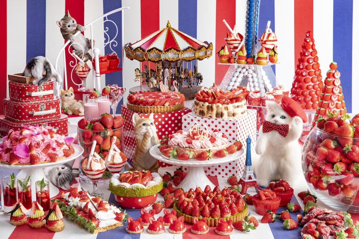 「ヒルトン東京」のマーブルラウンジで開催されるいちごデザートフェア(イメージ)