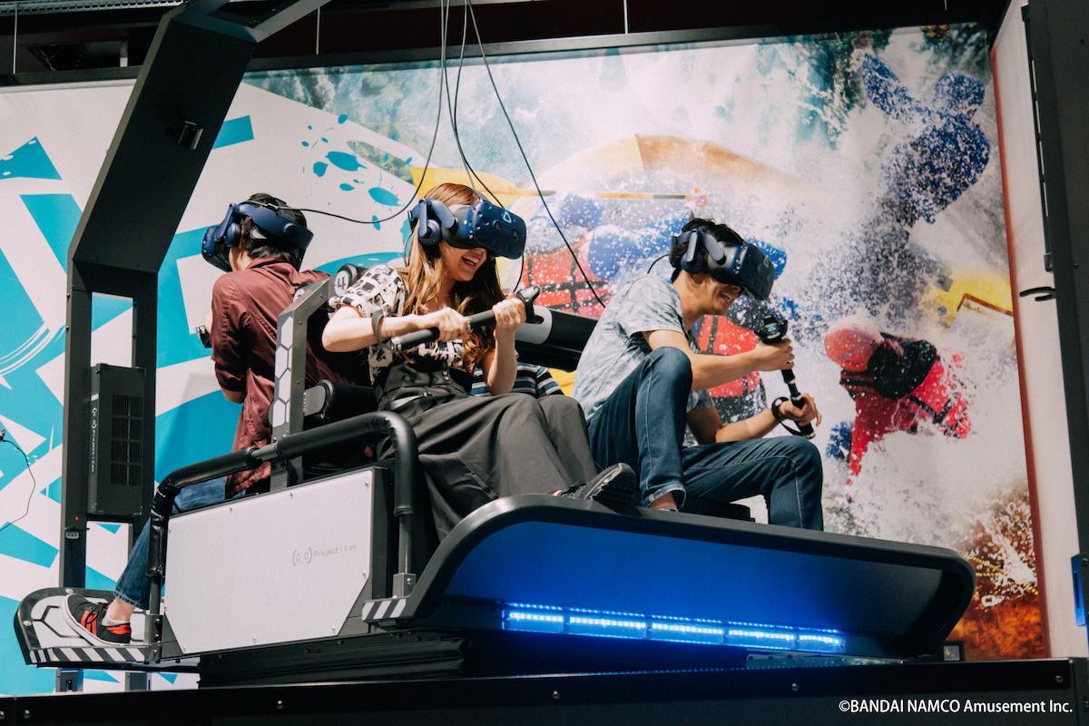 VR ZONE SHINJUKUのVRアクティビティー「冒険川下りVR ラピッドリバー」