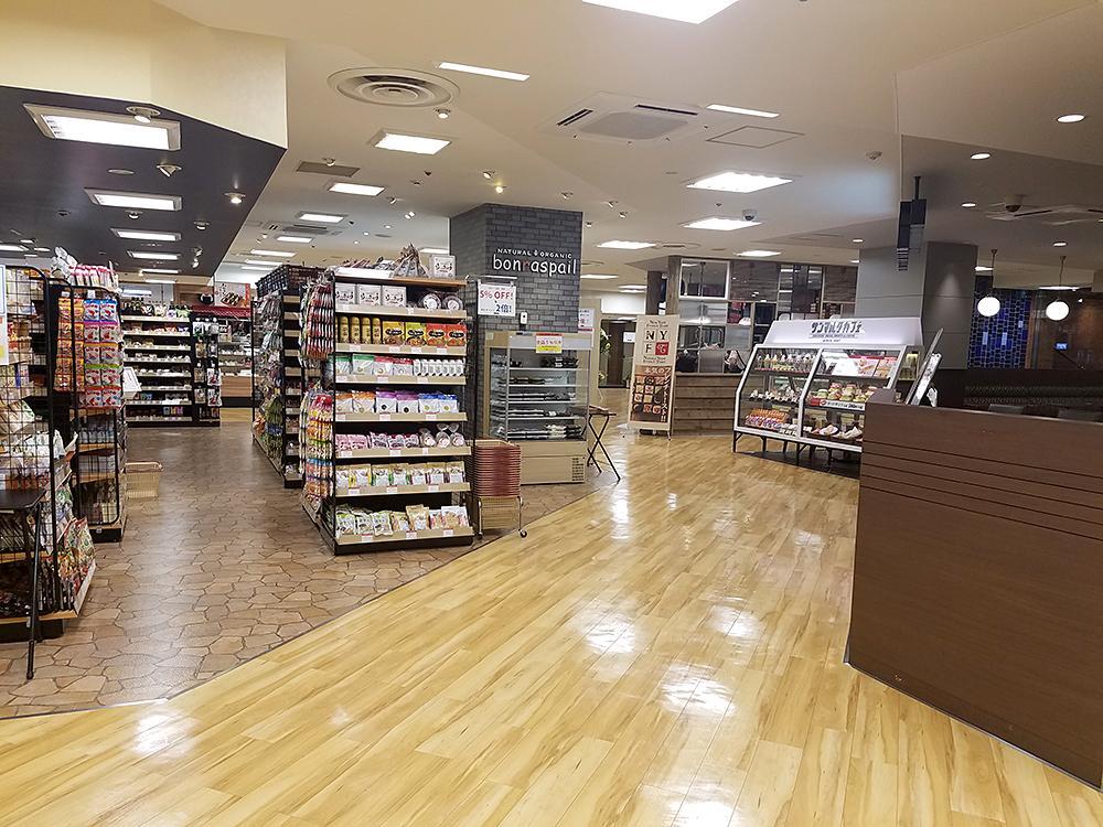 西武新宿ペペの地下2階フロアの4店舗がリニューアルオープン