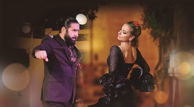 Baile(踊り)のEL CHORO(エル・チョロ)さん(左)と、MARINA VALIENTE(マリナ・バリエンテ)さん(右)