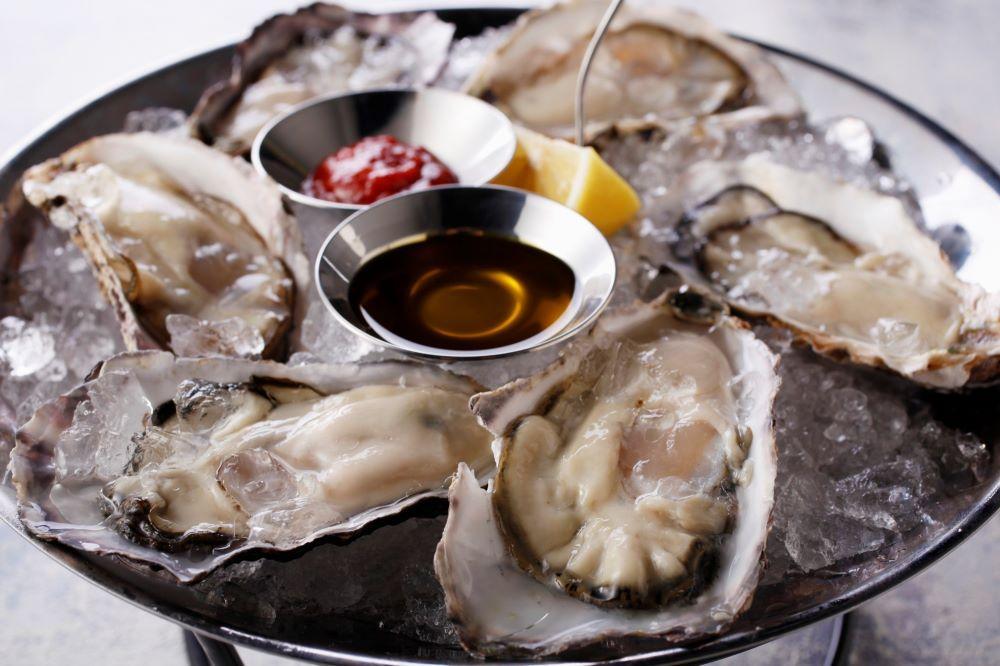 「cicci」で提供する「生牡蠣」(イメージ)