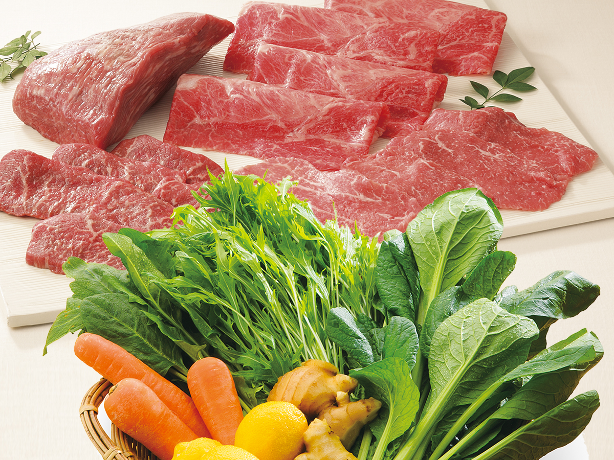 肉、魚、青果など約80種類が対象商品(写真はイメージ)