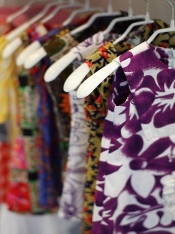 ハワイにある100%ハンドメードのムームードレスショップ「Muumuu Heaven」が七里ガ浜に出店。ヴィンテージのムームーなどをモダンなドレスに作りかえて販売する。