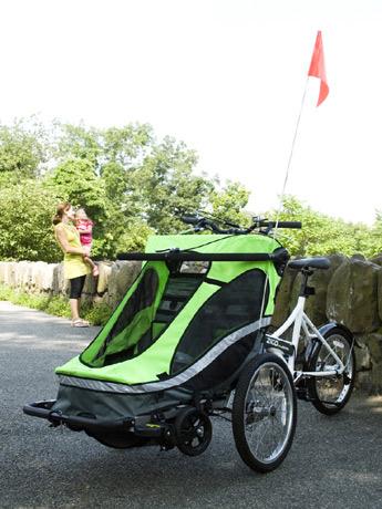 幼児同乗3輪自転車、2輪自転車、ベビーカーと3種類の使い方ができる「Zigo Leader」。オレンジとグリーンの2色を展開する。