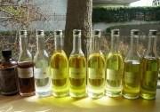 鎌倉で薬草オイルセラピー、地元で採取した薬草や自家栽培のハーブ使う