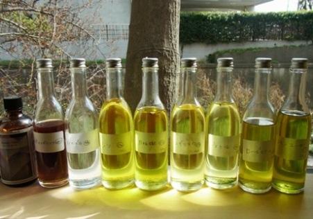 施術には鎌倉やインドなどの薬草で作ったオリジナルオイルを使用