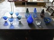 茅ヶ崎で「瑠璃色のうつわ」展-ガラスで藍を表現、コラボ風鈴も