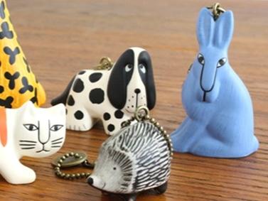 独特で愛らしい佇まいが特徴のリサ・ラーソンさんの陶器の動物たち