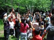 「鎌倉こども源平合戦」100人が真剣にチャンバラごっこ 協賛も募る