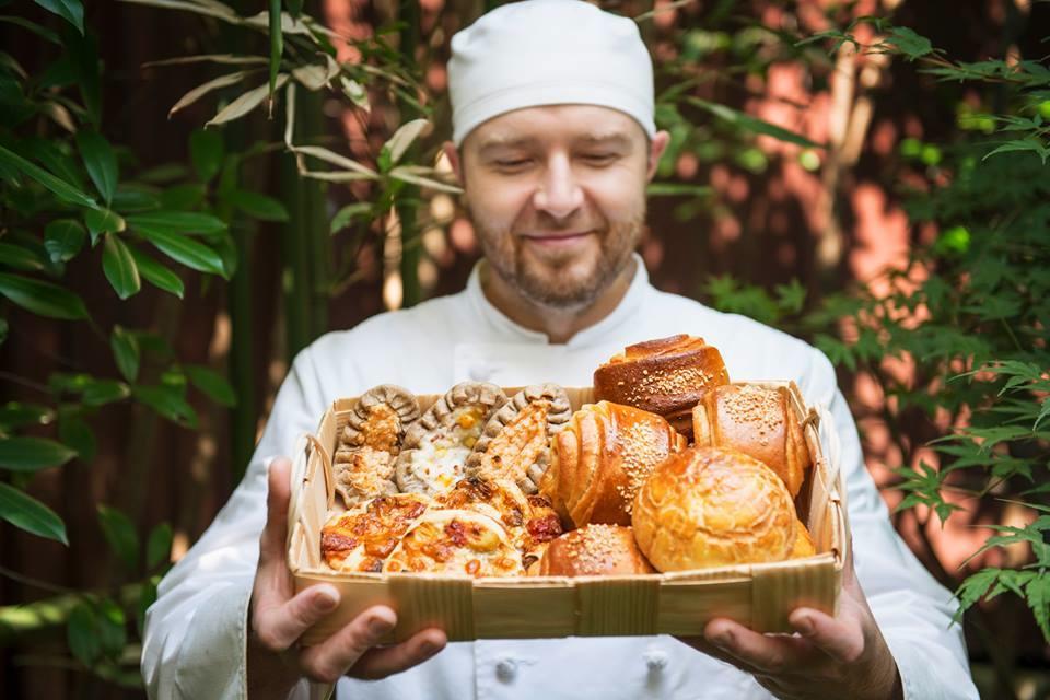 フィンランド人のパン職人が鎌倉にオープンした「ライ麦ハウスベーカリー」も出店
