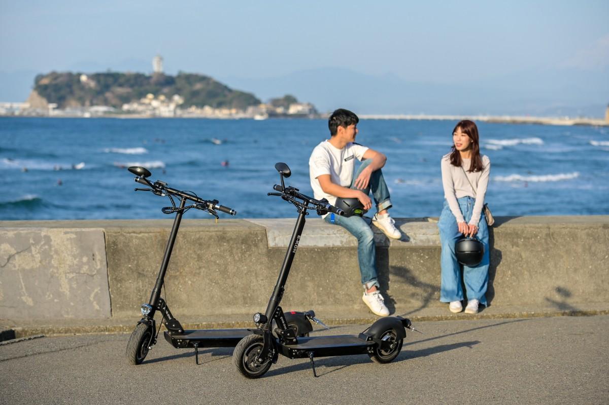 欧米で大流行している「電動キックボード」で湘南観光を