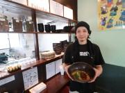 周南に汁なし坦坦麺専門店 たれに絡めて食べる「坦坦ご飯」も