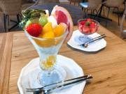 徳山駅前にフルーツパーラー 看板メニューは旬の果物を使ったパフェ