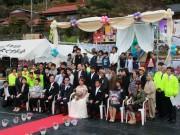 周南・「大道理芝桜まつり」で結婚式 地域住民や来場者ら300人が祝福