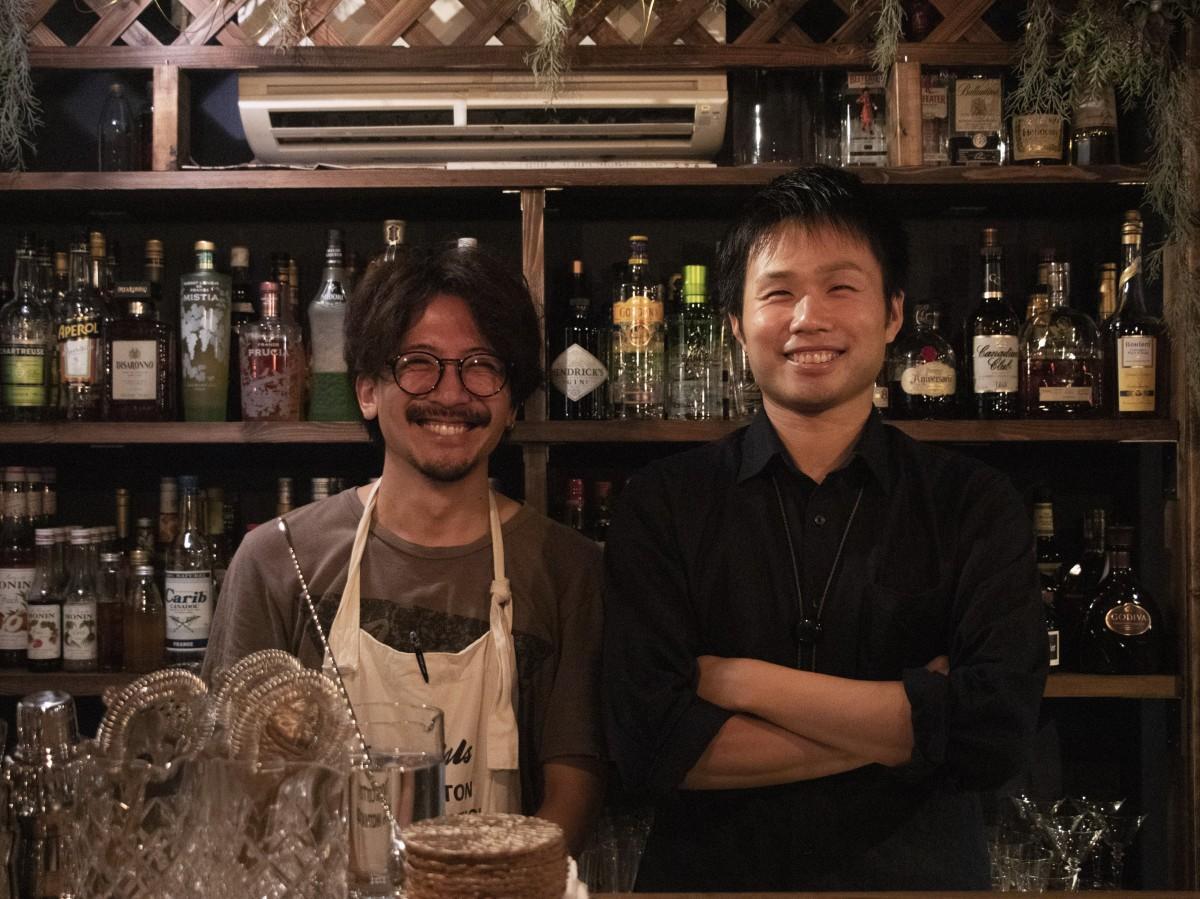 来店を呼び掛ける波賀野さんと松嶋さん