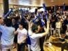 徳山駅前図書館で初のサッカーW杯パブリックビューイング 日本勝利に沸く