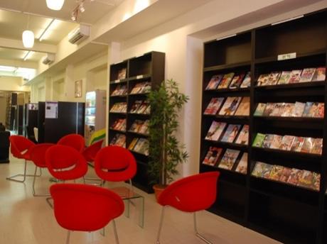 プリンセットストリートにオープンした「MANGA KISSA 漫画茶坊」の店内