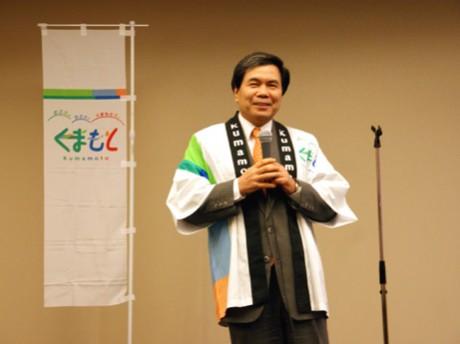 シンガポールで開催された「熊本」観光セミナーでトップセールスをした蒲島郁夫知事