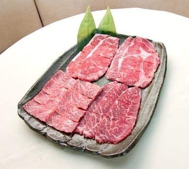 一般的な肉牛に比べるとヘルシーと言われる十勝牛