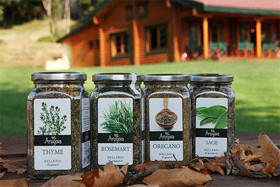 マーケットには「持続可能」をテーマにさまざまな賞品が並ぶ