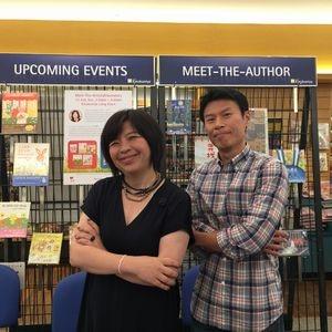 で絵本作家の山田詩子さんとシンガポーリアンの絵本作家Lee Kow Fongさん