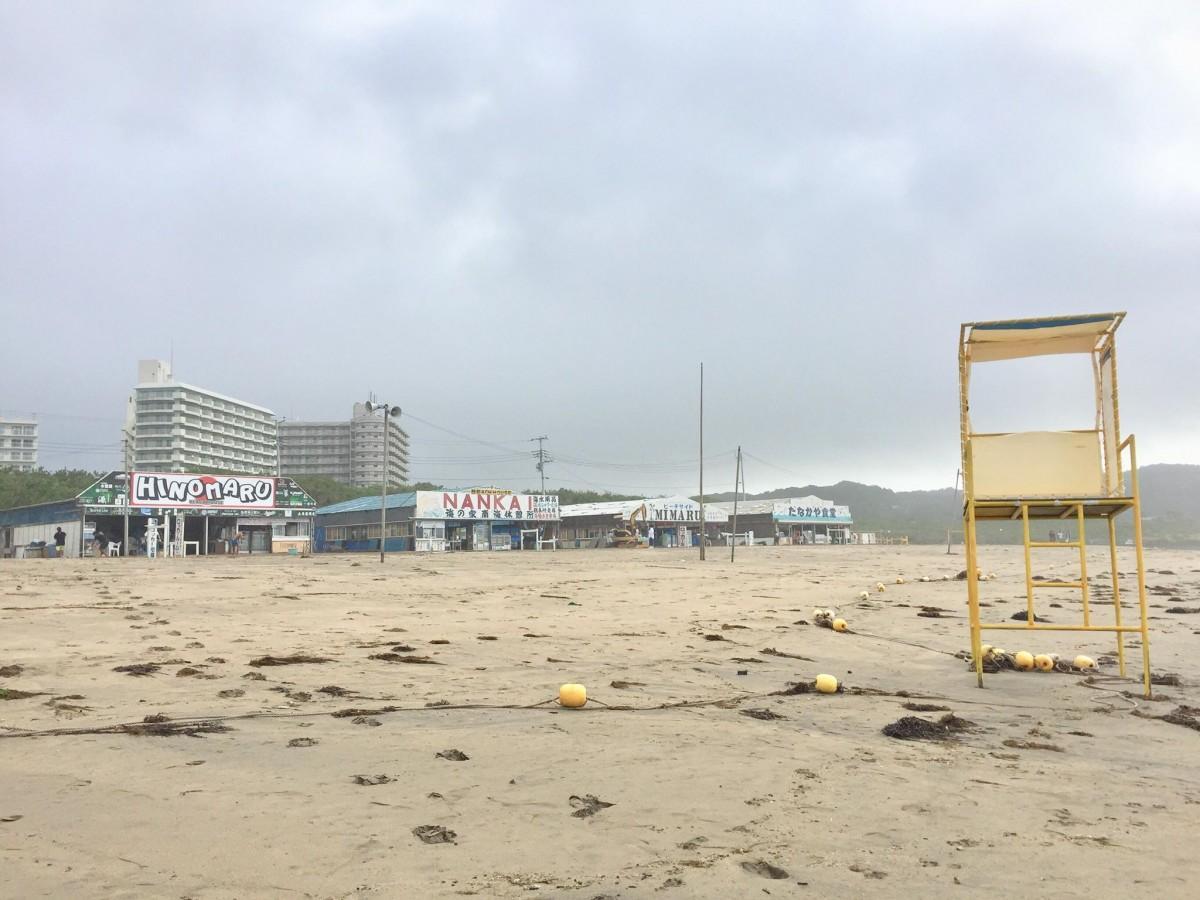 (写真)7月29日6時47分撮影御宿中央海水浴場
