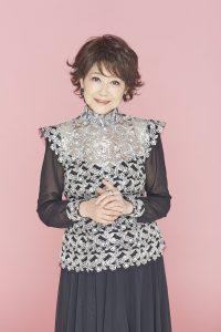 女性歌手の芹洋子さん