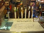 小金井の文具店で「無駄に買った世界のブング展」-「文具の日」に合わせて開催