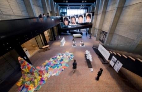 「平成23年度 優秀作品展」展示風景(&copyYasuo Saji)