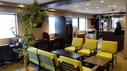 国分寺駅南口の「勉強カフェ」、地域のビジネスマンや学生ら利用客集める
