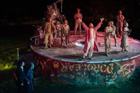 野外劇「スカラベ」の一幕