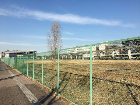 立川駅北側「みどり地区」でたこ揚げイベント 自慢のたこで寒さ吹き飛ばす