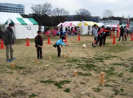 昭和記念公園で「ニュースポーツEXPO」 ニュースポーツ33種目を体験