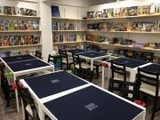 立川駅南口にボードゲームカフェ「JELLY JELLY CAFE」 200種類そろえる