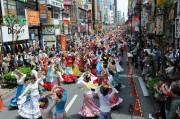 立川駅南口で「立川フラメンコ」 500人の踊り手によるストリートフラメンコ