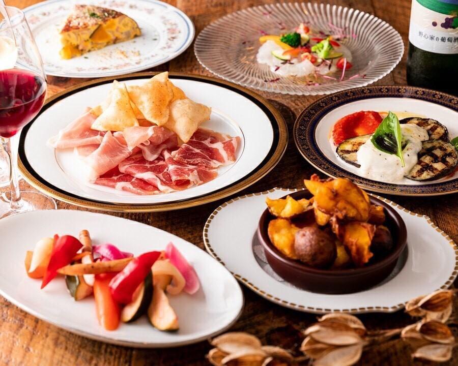 オーガニックや地産野菜にこだわって作られた料理の数々