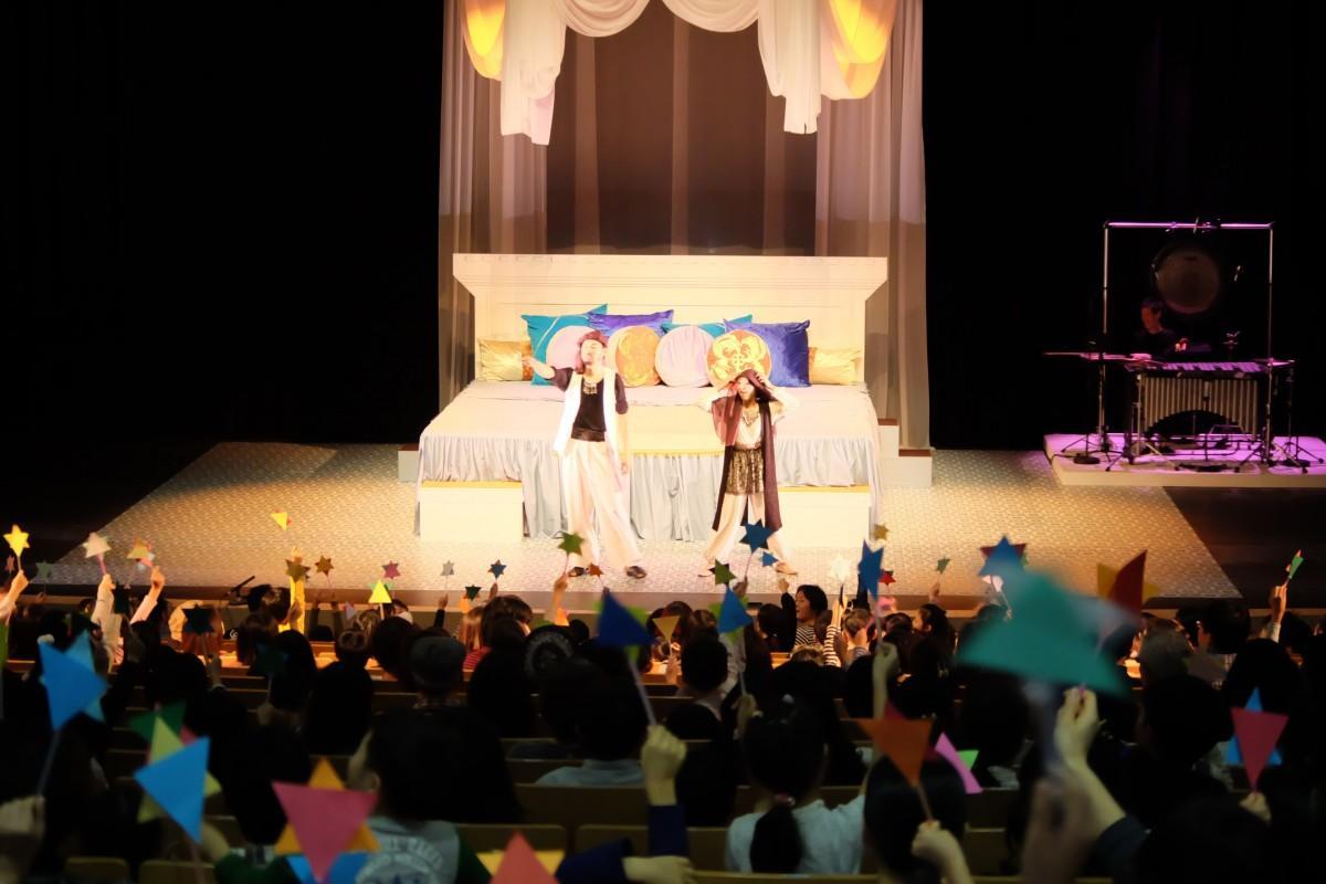 第1回公演「音楽劇アラビアンナイト」の様子