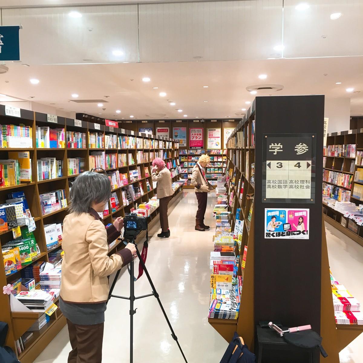 昨年の撮影風景。写真提供:丸善ジュンク堂書店