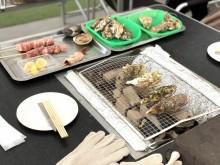 カキを食べて東北復興支援 立川・タチヒビーチに出張カキ小屋