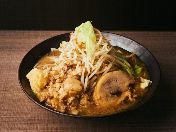 ニンニク野菜ラーメン(750円)