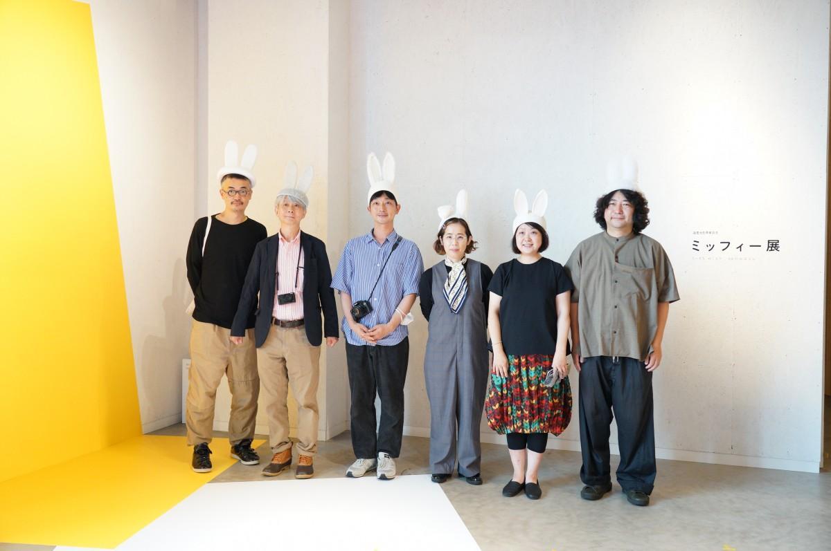左から、草刈大介さん、森本俊司さん、川島小鳥さん、イナドメハルヨさん、SPREADの小林さん・山田さん