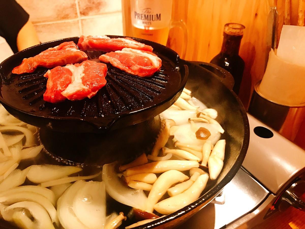 「焼き」と「ゆで」が同時にできる「外堀式鍋」
